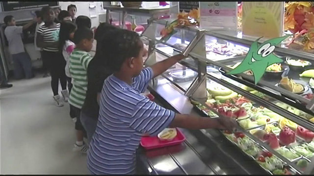 CEO: Schools denied my offer after warning on lunch bills