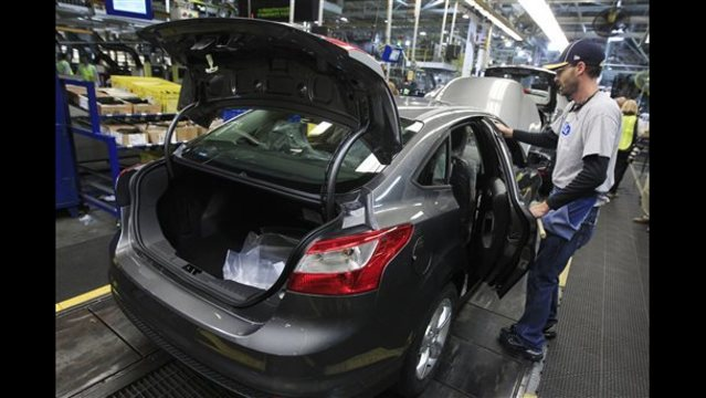 Ford recalls more than 58K Focus cars over fuel tank