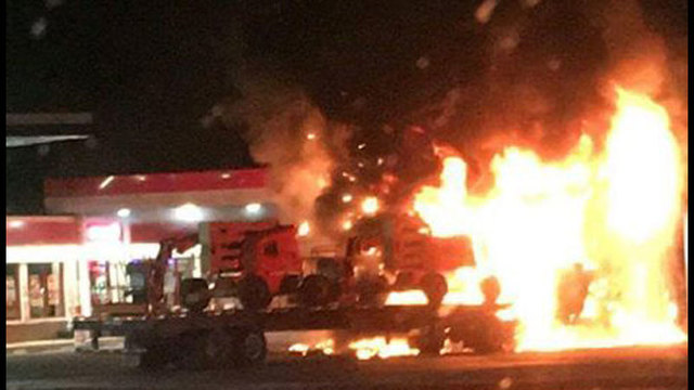 gas-station-fire-truck_318444