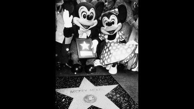 Mickey Mouse Walk of Fame star_188480