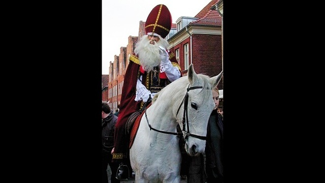 Dutch Santa Claus known as_190266