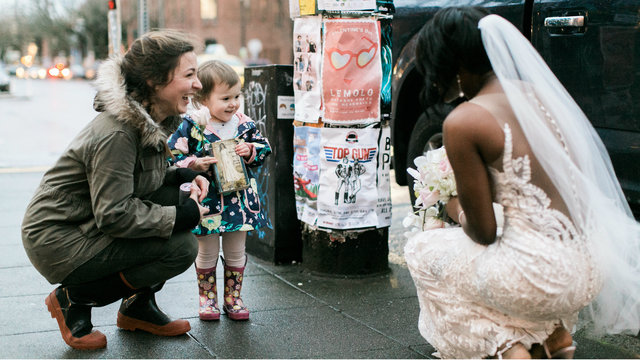 Little girl sees bride in Ballard, thinks she's princess from favorite book