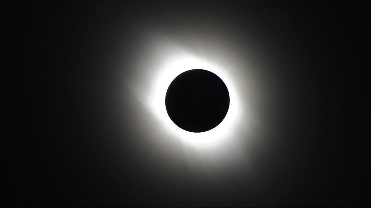great american eclipse what really happens in path of totality. Black Bedroom Furniture Sets. Home Design Ideas