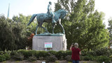 Charlottesville mayor calls for removal of Lee statue