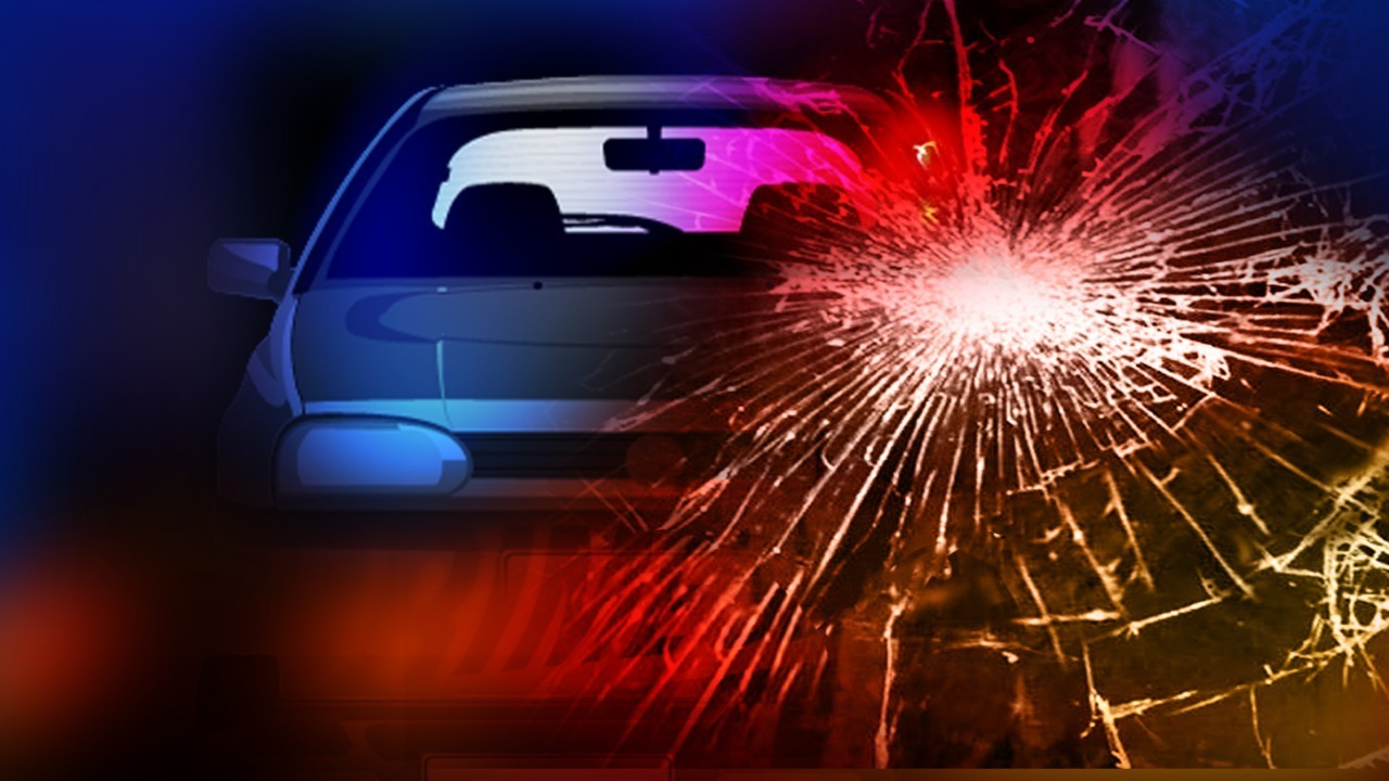 Woman dead after early morning crash in Danville