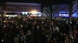 Candlelights and Christmas carols fill the streets of Lexington
