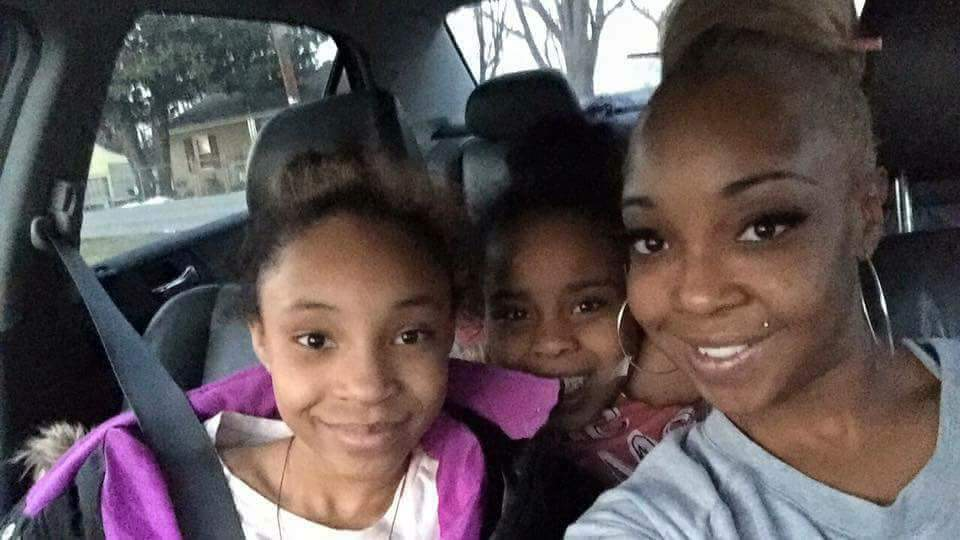 Roanoke woman, two daughters die in N C  car crash