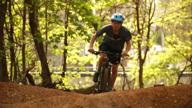 Roanoke mountain bikers celebrate new trail, new addition to southeast&hellip&#x3b;