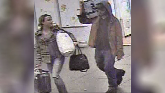 Roanoke police searching for duo using dead person's credit card