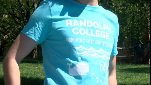 Randolph College using chickens to raise sustainability awareness