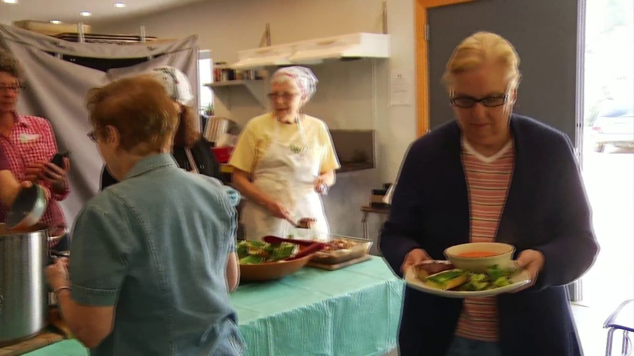 Give Big NRV helps local food bank continue to give to the