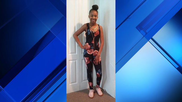 Roanoke police searching for missing 17-year-old girl last seen going to school