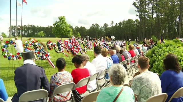 Veterans honor fallen Armed Forces