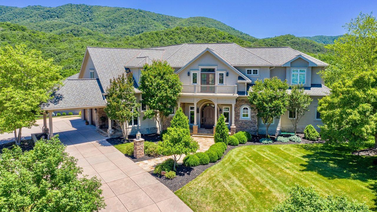 Frank Beamer lists his Blacksburg mansion for $2.2 million