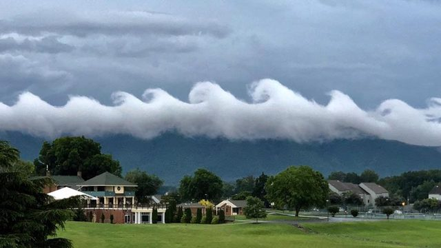 VIDEO: Explaining Kelvin-Helmholtz Waves