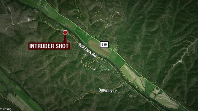 Intruder hospitalized after being shot in the neck by Botetourt County homeowner