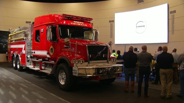 'Built from the ground up' Volvo Trucks donates firetruck to Pulaski County