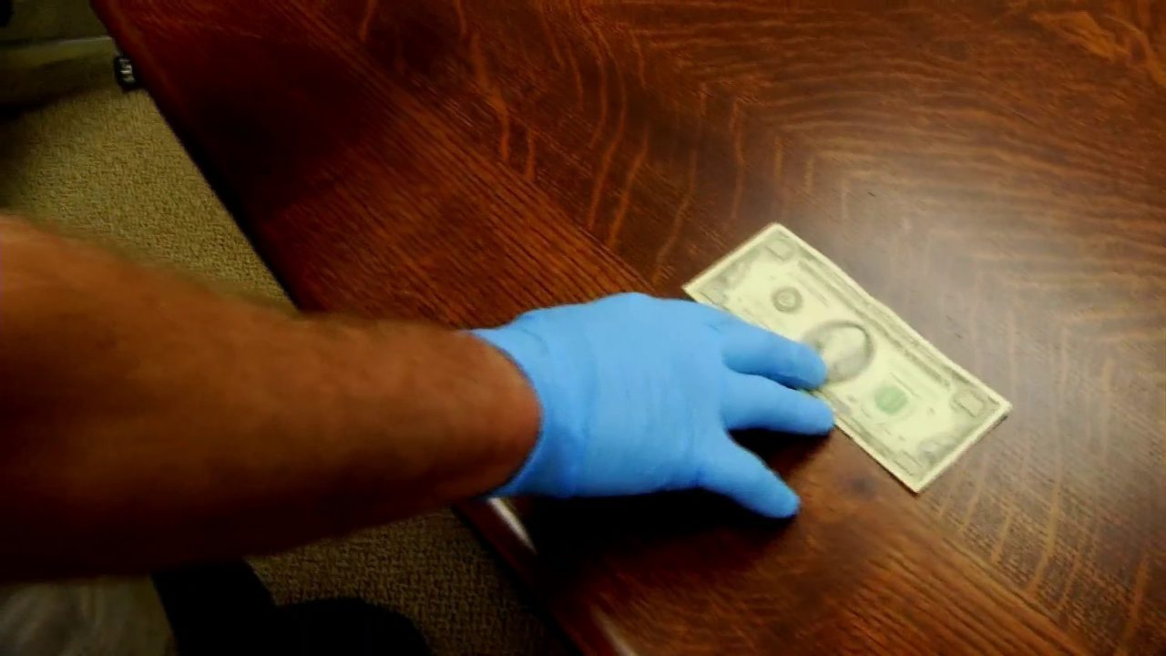 Out-of-towners reportedly using fake money to get real dollar