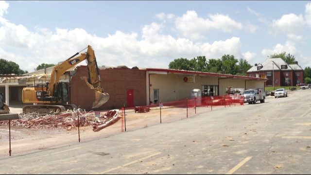Former Wade's Foods in Dublin demolished, under renovation