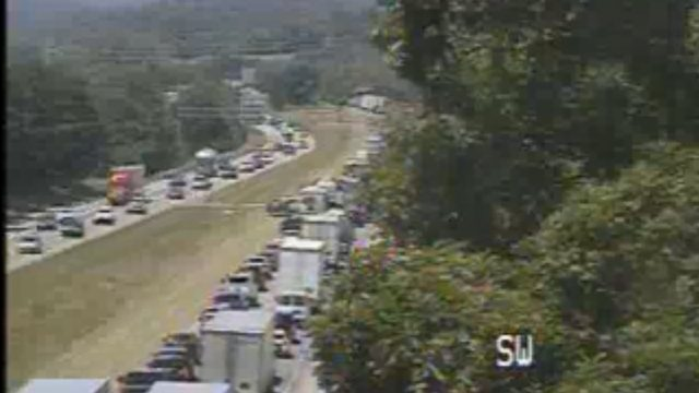 Traffic back up on Interstate 81 South in Roanoke County