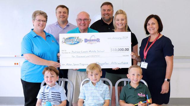 Salem Fair partner donates $10,000 to city schools