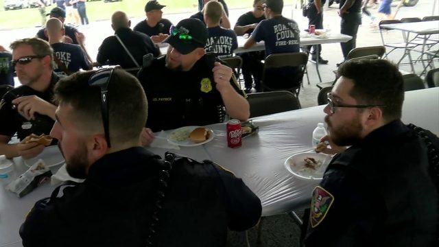 Roanoke church serves up free meals to first responders