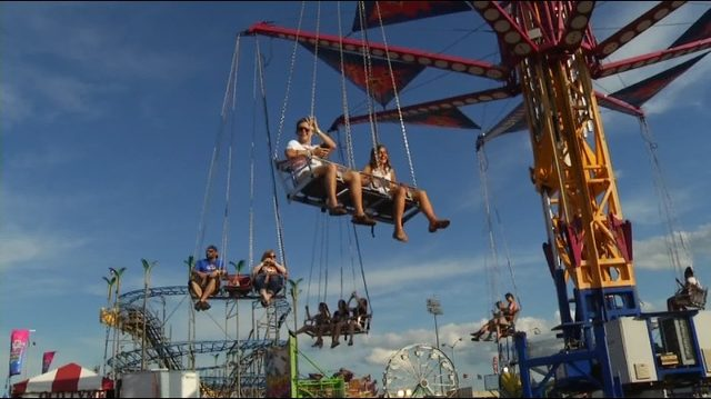 Bring socks, pay less at Salem Fair for WSLS 10 Help the Homeless night