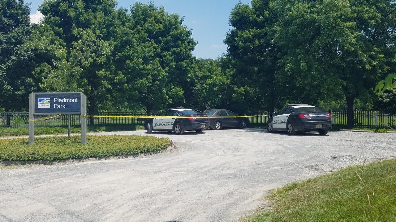 Foul play not expected after dead man found in Roanoke River, police say