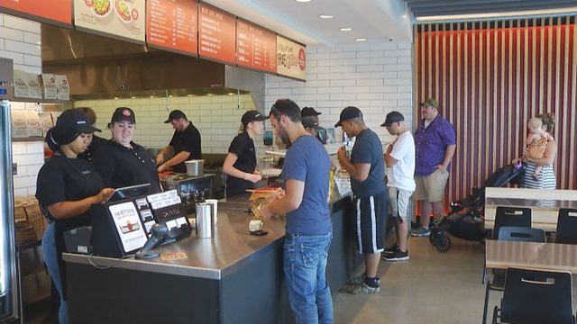 Chipotle opens close to Valley View Mall