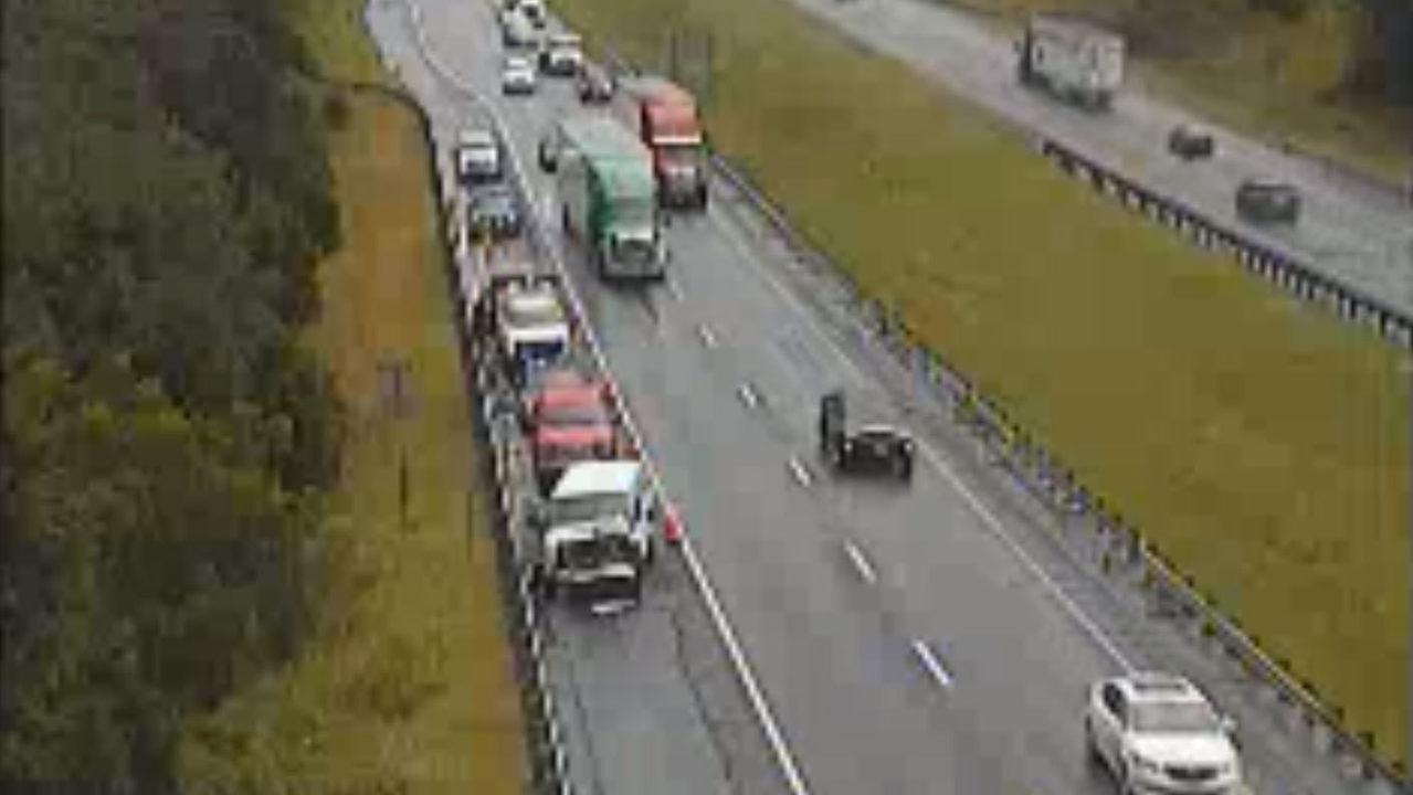 Virginia Truck Center >> Crash causes delays on I-81 North in Montgomery County