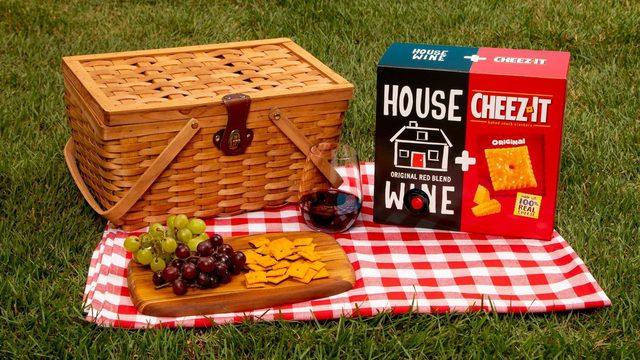 Bring a Cheez-It + wine combination box to your next summer party