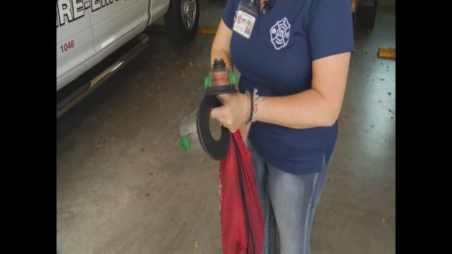 Pet oxygen masks donated to Roanoke Fire Department