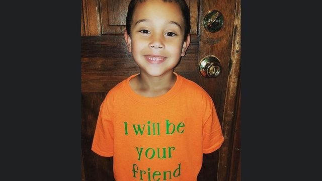 Elementary schooler will wear 'I will be your friend' shirt to first day…