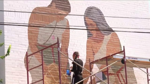 Local artist creates mural to honor Monacan Tribe in Amherst