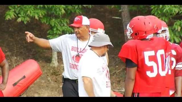 Martin looking to bring back Bulldog on Martinsville gridiron