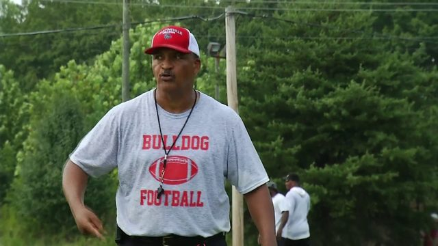 Martinsville Bulldogs: 1st and 10 HS Camp Tour