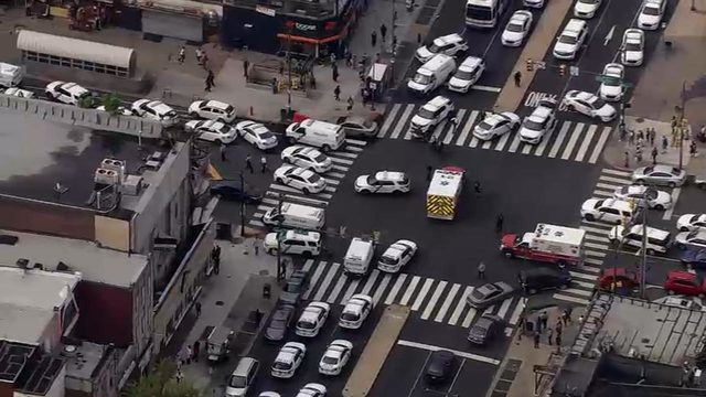 At least 4 Philadelphia police officers shot, dozens of officers respond…