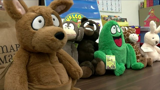 Local woman bringing 'reading buddies' to Bedford County Public Schools