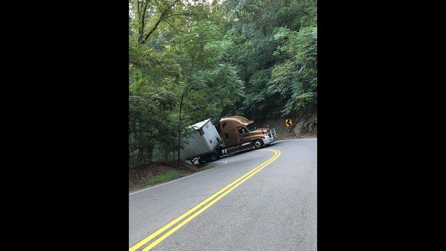 Traffic Alert on Windy Gap Mountain in Roanoke