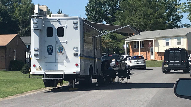 Roanoke County officers, SWAT on scene of standoff connected to weekend robbery