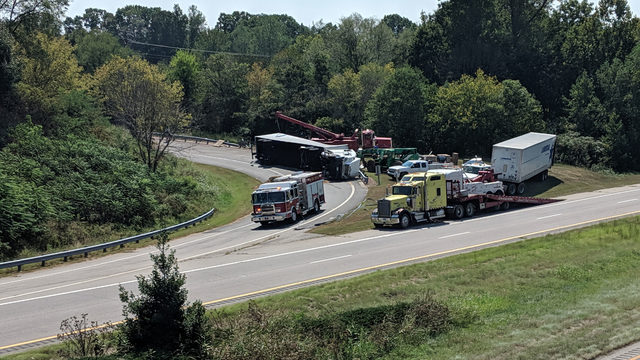 Overturned tractor-trailer closes northbound ramp onto US-29 in Danville