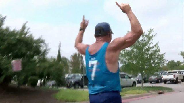 Man training for World Marathon Challenge dedicates latest run to…