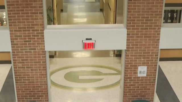 Threat found in Glenvar High School bathroom