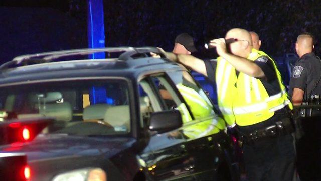 Suspect in custody after apparent stabbing in Vinton