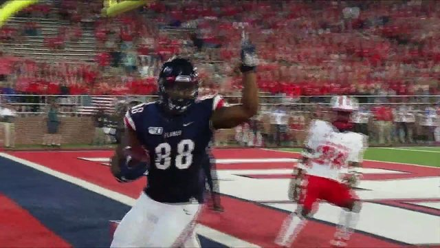 Liberty wins its third straight game, 17-10 over New Mexico