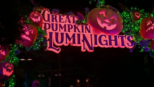 Fall festivities in full swing at Dollywood