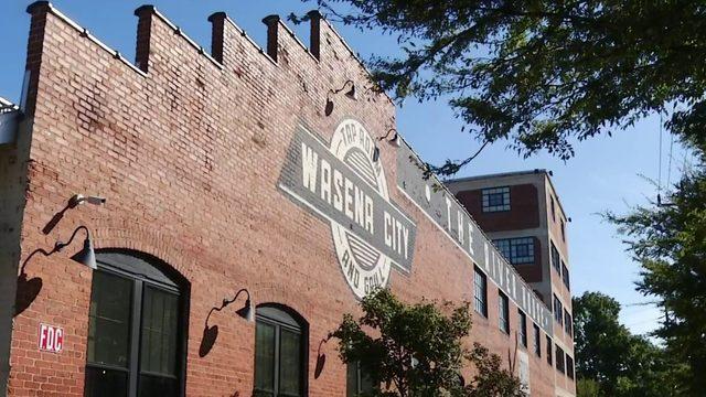 Roanoke's Wasena neighborhood celebrates 100 years with block party