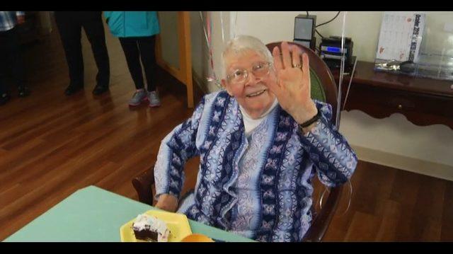 Dozens celebrate Roanoke woman's 100th birthday