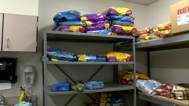 Roanoke Valley SPCA looking for pet food donations
