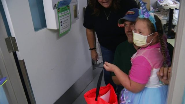 'It means a lot to us': Carilion employees bring Halloween to kids in hospital